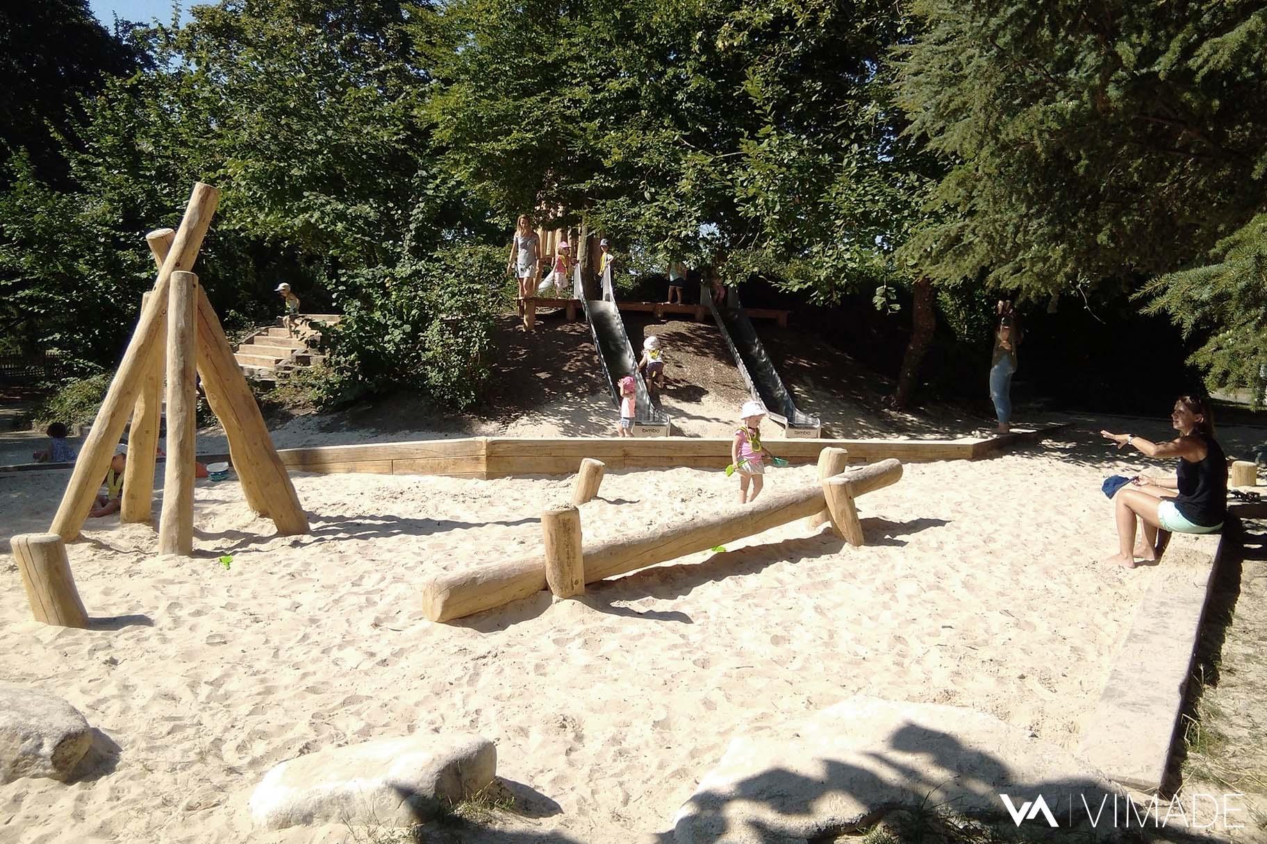 Inauguration de la place de jeux et du bac à sable du parc des Franchises con4u par le bureau VIMADE Architectes paysagistes à Genève