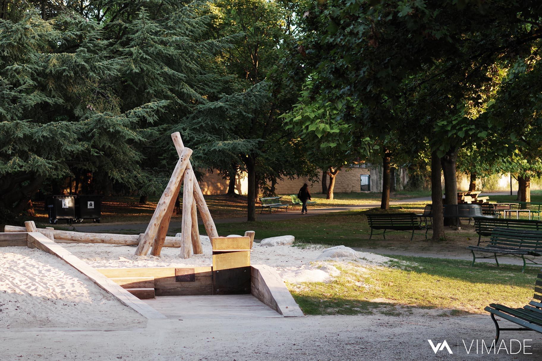 bac-sable-place-jeux-enfant-PMR-corten-table-parc-franchises-geneve-vimade-architecte-paysagiste
