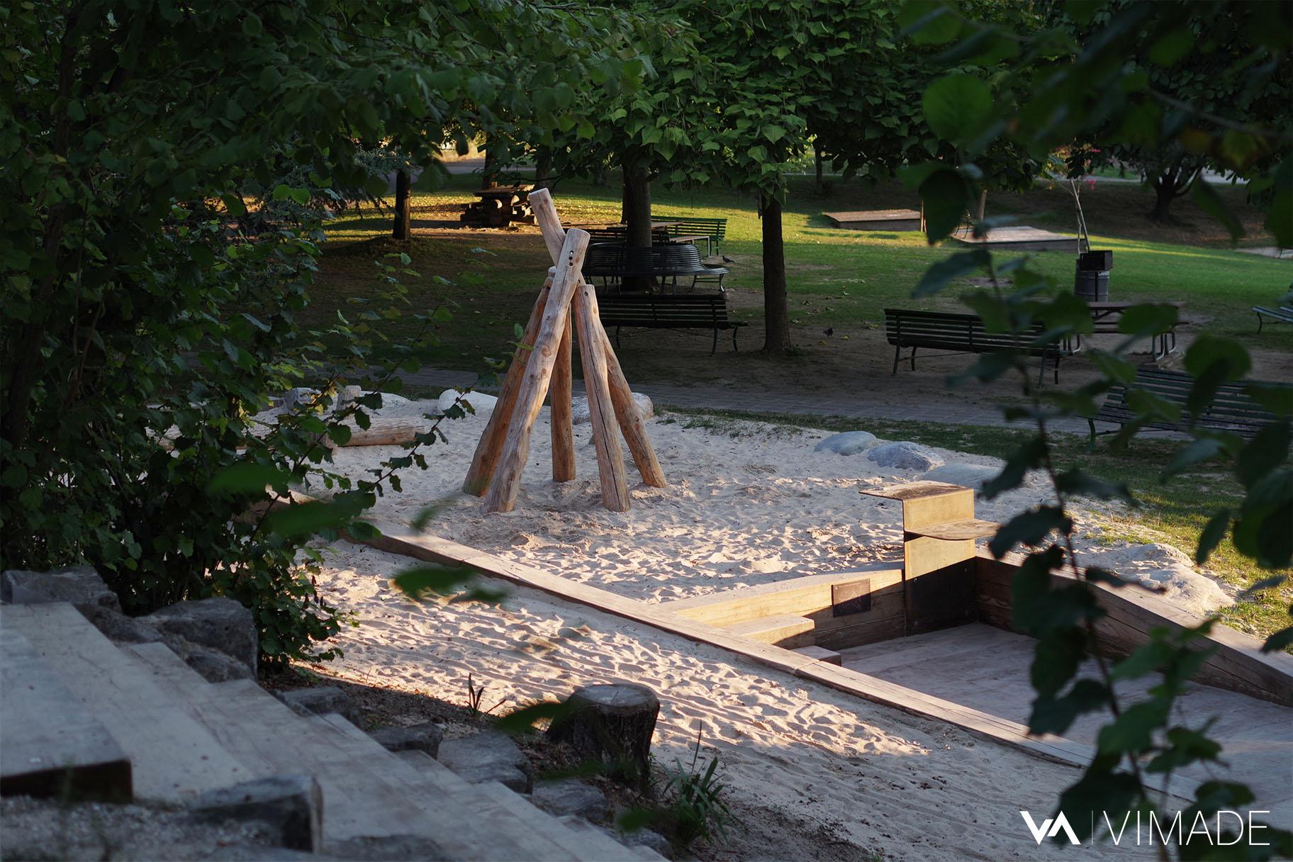 Réaménagement de l'espace de jeux du parc des Franchises par le bureau VIMADE